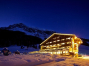 Snow-wise - Best ski hotels for families - Hotel Hintertuxerhof ***, Hintertux, Austria