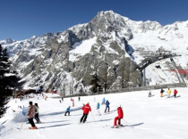 Flexible short ski breaks and ski weekends in Courmayeur, Italy