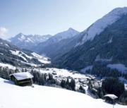Hintertux - guaranteed snow, guaranteed childcare