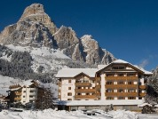 Snow-wise - Best ski hotels for families - Hotel Col Alto ****, Corvara, Italy