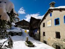 Snow-wise - Best ski hotels for honeymoons and romantic getaways - Hotellerie de Mascognaz, Champoluc, Italy