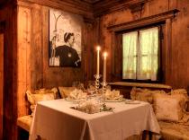 Snow-wise - Best ski hotels for honeymoons and romantic getaways - Hotel La Perla ****, Corvara, Italy