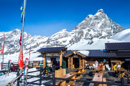 Snow-wise - Our complete guide to Cervinia, Italy - Mountain restaurants in Cervinia