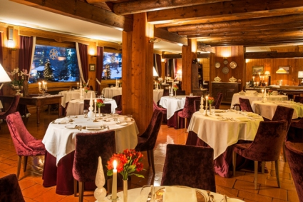Snow-wise - Our complete guide to Cervinia, Italy - Eating out in Cervinia - La Chandelle