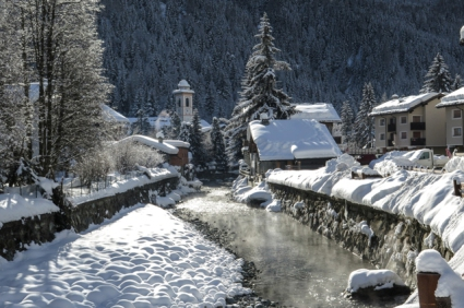 Snow-wise - Our complete guide to Champoluc - Champoluc, the resort