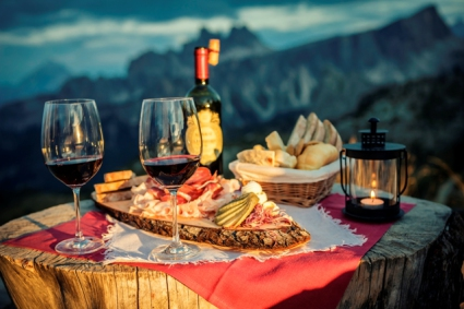 Snow-wise - Our complete guide to Cortina - Mountain restaurants in Cortina