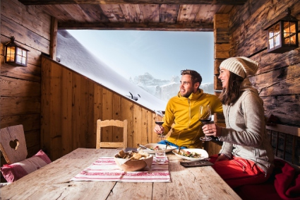 Snow-wise - Our complete guide to Corvara - Corvara's mountain restaurants