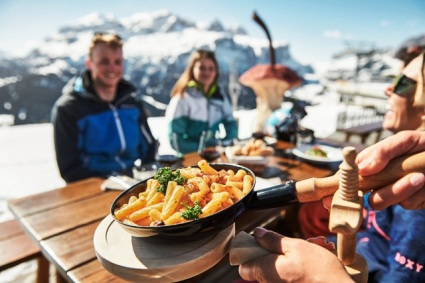 Snow-wise - Our cpmplete guide to Colfosco - Mountain restaurants in Colfosco