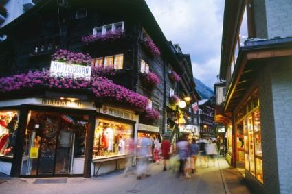 Snow-wise - Our complete guide to Zermatt - Zermatt, the resort