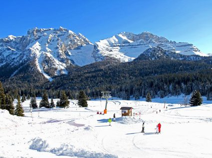 Snow-wise - Our complete guide to Madonna di Campiglio, Italy - Madonna di Campiglio for beginners