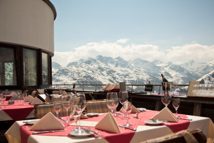Snow-wise - Our complete guide to St Anton, Austria - Mountain restaurants in St Anton